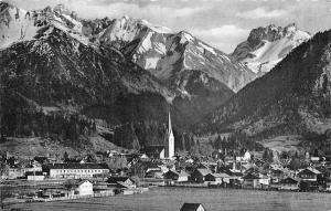 Oberstdorf mit Krottenspitzen Gesamtansicht Kratzer Kirche Church Mountain