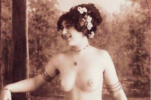 HR-16 - A Semi-Nude French Lady Posing in Paris Picture Postcard.
