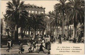 CPA Toulon Place de la Liberte ,Les Palmiers FRANCE (1095503)