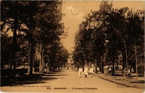 CPA Antsirabe- Avenue Principale MADAGASCAR (830013)