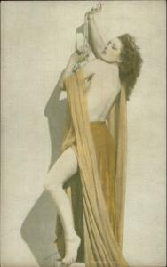 Semi-Nude Sexy Showgirl Pin-Up Exhibit Mutoscope Card - Holding Pearl Necklace