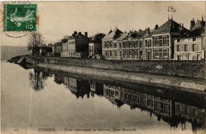 CPA  Corbeil - Ecole Communale de Garcons - Quai Bourgoin  (488726)