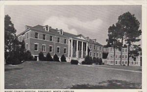Moore County Hospital , PINEHURST , North Carolina , 30-40s