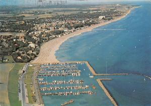 Ostseeheilbad Groemitz Das Bad der Sonnenseite Hafen, Harbour Air view Panorama