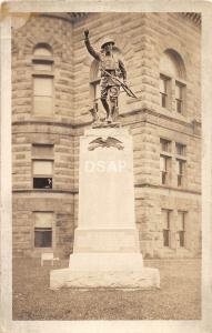 A27/ INDIANA In Photo RPPC Postcard c1920 HARTFORD CITY Soldiers Monument Court