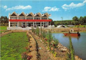 BG33729 lake casino and excursion parks in the green forest of mosul iraq