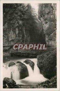 Postcard Modern Approx Vic on Cere Cere The Bridge