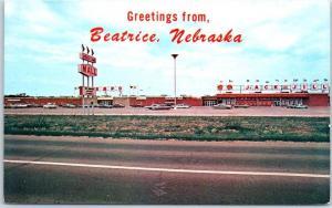 Beatrice, Nebraska Postcard INDIAN CREEK MALL w/ Jack & Jill Market View c1960s