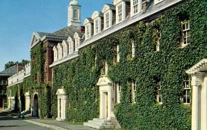 NY - Troy. Rensselaer Polytechnic Institute, Dormitories
