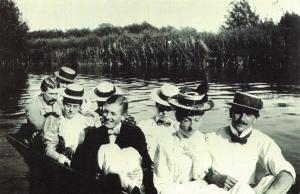 Nostalgia Postcard 1897 Boating on the River Thames, Fashion, Hats Repro NS7