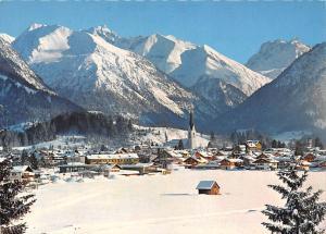 Wintersportplatz Oberstdorf Allgaeu mit Gr. Krottenkopf Gesamtansicht Berg