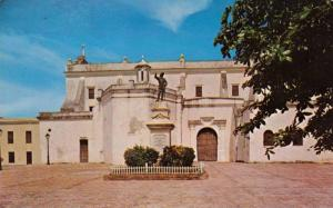 San Jose Church & Ponce De Leon Statue, Old San Juan, Puerto Rico, PU-1970