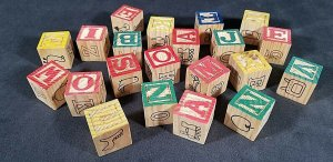 Wood Blocks Alphabet Numbers Animals Vintage (21) Wood Blocks  MrSTUFF B8