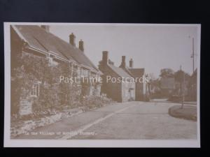 Northamptonshire: Moreton Pinkney (Scene 17) Reproduction Postcard