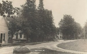 RP: THETFORD , Vermont, 1900-10s ; Street