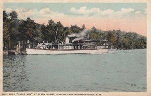 Lake Winnepesaukee , New Hampshire , 1910 ; Mailboat Uncle Sam