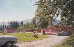 Lamplighter Motel , REVELSTOKE , B.C. , Canada , 50-60s
