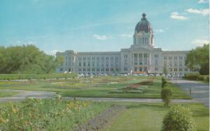 REGINA , Saskatchewan , Canada , 50-60s; Legislative Building & Gardens