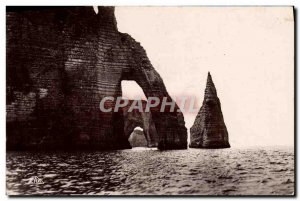 Postcard Modern Etretat L & # 39Aiguille The door & # 39Aval and Manneporte