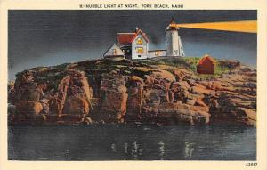 6950   ME  York Beach    Nubble Light at Night