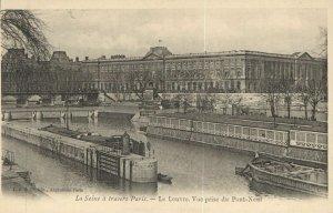 CPA La Seine á travers Paris - Le Louvre (143277)