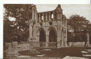 Scotland Postcard - St Mary's Aisle & Tomb of Sir Walter Scott, Dryburgh  ZZ1653