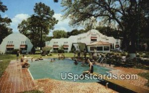 Alamo Plaza Hotel Courts in Gulfport, Mississippi