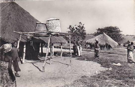 Belgian Congo Au village Real Photo