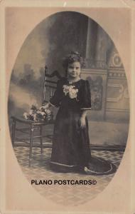 VINTAGE LITTLE PERSON PORTRAIT,  RPPC REAL PHOTO POSTCARD