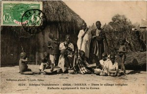 CPA AK SÉNÉGAL-2170. Dakar-Dans le village indigéne (331202)