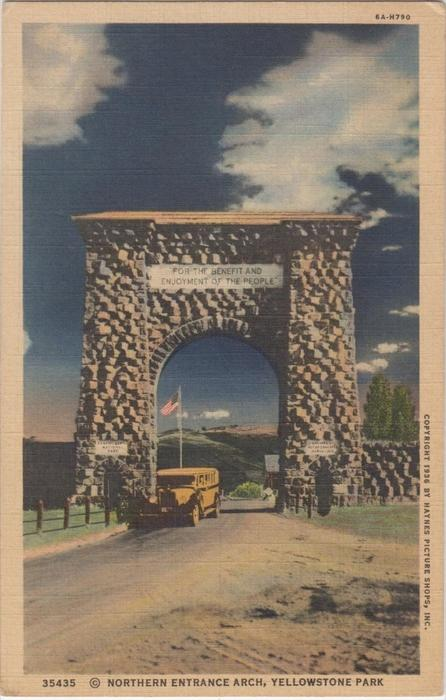 Northern enterance arch, yellowstone park