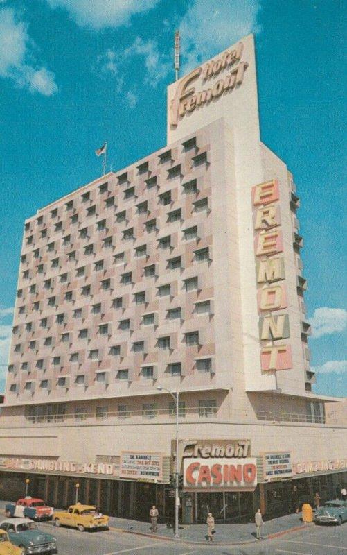 Fremont Street , LAS VEGAS , Nevada , 50-60s ; Version-2