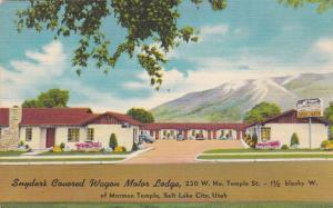 SALT LAKE CITY , Utah , 30-40s ; Snyder's Covered Wagon Motor Lodge