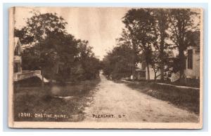 Postcard Pleasant Street, Castine, Maine ME 1914 D4