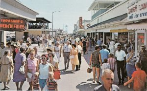 P1735 vintage pc ice cream etc signs people greetings from ocean city maryland