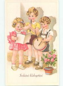 foreign 1920's EUROPEAN KIDS PLAYING AND SINGING MUSIC AC1617