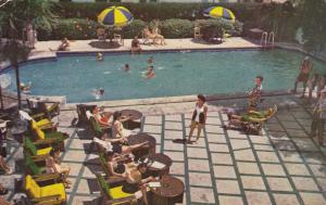 MIAMI BEACH , Florida , PU-1953; Plymouth Hotel and Pool