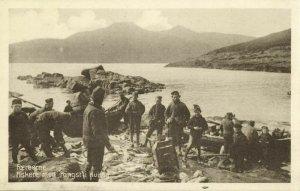 denmark, Faroe Islands, KVIVIG KVÍVÍK, Fiskere med Fangst, Fishing (1930s)