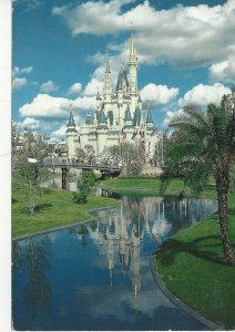 Postcard - FL -  Florida Walt Disney World Fairy Tale Castle Posted