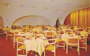 Dining Room , Downtown HOLIDAY INN , Montreal, Quebec , Canada , 50-60s