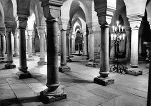 Romanischer Dom zu Gurk Krypta Cathedral
