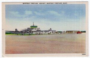 Marthas Vineyard, Mass, Marthas Vineyard Airport