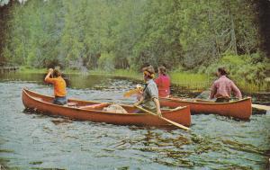 Quebec , Canada , 1988 ; Canoeing