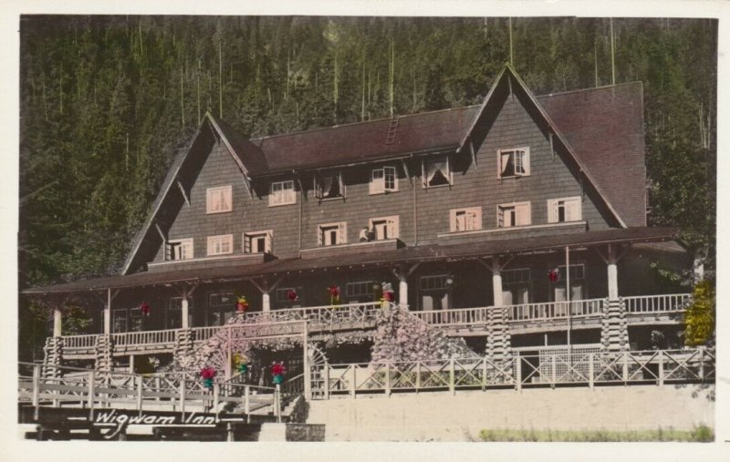 RP, VANCOUVER, British Columbia, Canada, 1920-1940s; Wigwam Inn