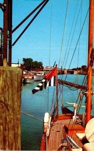 Michigan Cheboygan Pleasure Boats In The Cheboygan River