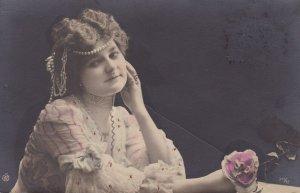 RP: Victorian Woman , art nouveau style , 00-10s