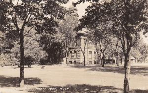 RP; Court House, MANISTQUE, Michigan, 1925-1942