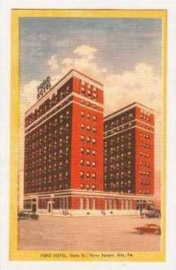 Exterior, Ford Hotel, State Street, Perry Square, Erie, Pennyslvania, 30-40s