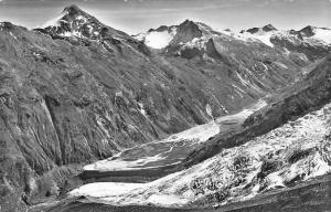 Switzerland Mattmark im Saas-Tal Stellihorn, Allalingletscher Mountain