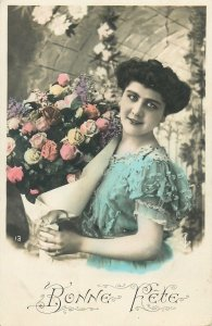 Postcard Fancy lady greetings clothes coiffure gestures chic lady smile beauty
